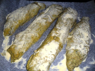 filoncini-di-pane-al-basilico-da-cuocere