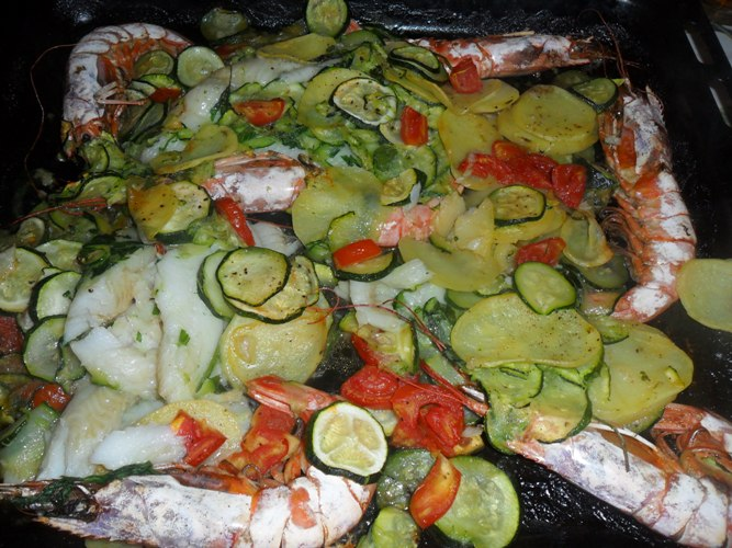 Gallinella Al Forno Con Patate E Pomodorini